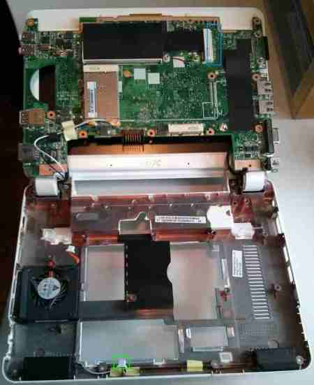 Bottom of Eee PC 901 Mother board